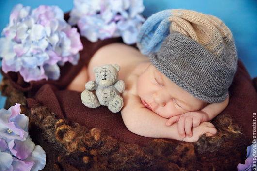 Для новорожденных, ручной работы. Ярмарка Мастеров - ручная работа. Купить Вязаная шапка-носок для фотосессии новорожденных, серо-голубой. Handmade.