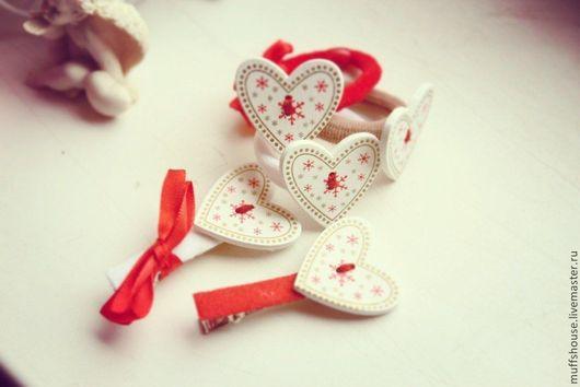 """Заколки ручной работы. Ярмарка Мастеров - ручная работа. Купить 2 шт  """"Рождество"""". Handmade. Ярко-красный, рождество"""