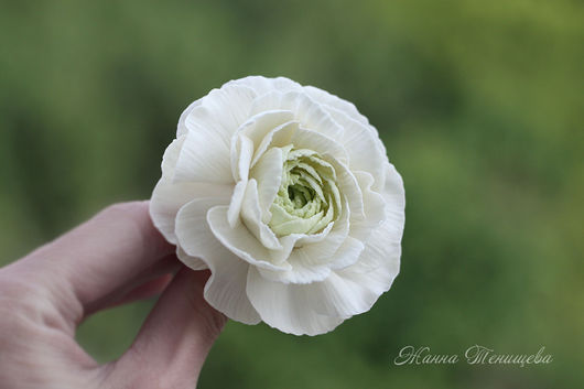 Свадебные украшения ручной работы. Ярмарка Мастеров - ручная работа. Купить Шпилька для волос Белый ранункулюс из полимерной глины Для невесты. Handmade.