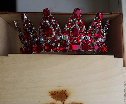 """Диадемы, обручи ручной работы. Ярмарка Мастеров - ручная работа. Купить Корона """"Асият"""" (Гранат). Handmade. Бордовый, корона, для невест"""