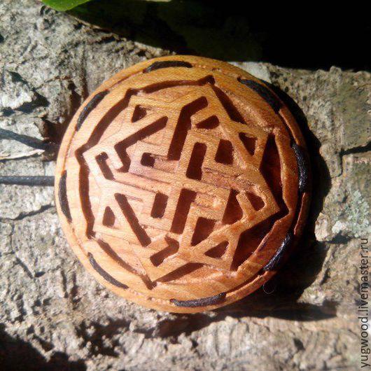 Кулоны, подвески ручной работы. Ярмарка Мастеров - ручная работа. Купить Резной кулон Валькирия. Handmade. Коричневый, кулон из дерева