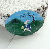 Украшения ручной работы. Ярмарка Мастеров - ручная работа Алиса в Стране Чудес - брошь с кроликом. Handmade.