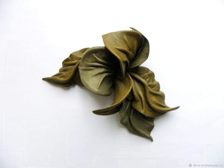 Брошь цветок из кожи Орхидея `Дарина` хаки табак серый. Брошь на сумку, пояс, шляпу, пальто, шубу, пиджак, платье, свитер,шарф,шаль, платок, палантин, верхнюю одежду.  Подарок женщине,   себе любимой