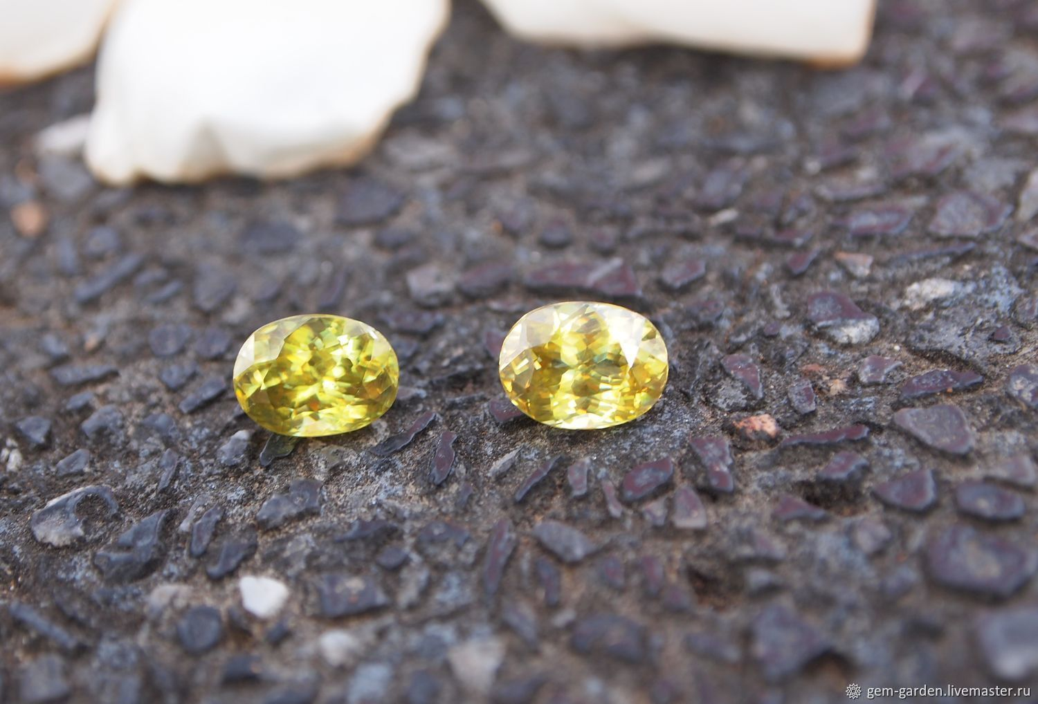 Sphene - Titanite Oval, Cabochons, Moscow,  Фото №1