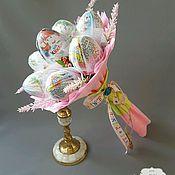 """Цветы и флористика ручной работы. Ярмарка Мастеров - ручная работа Букет из киндер-сюрпризов """"Kinder"""". Handmade."""