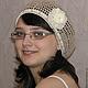 Вязаный крючком летний женский ажурный берет-шапочка песочно-белого цвета. Летний вязаный берет. Ажурный летний берет.