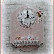 """Для дома и интерьера ручной работы. Ярмарка Мастеров - ручная работа Часы с полочкой """"В горошек"""". Handmade."""