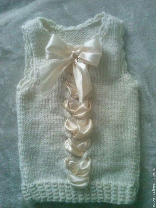 Одежда для девочек, ручной работы. Ярмарка Мастеров - ручная работа. Купить безрукавка для девочки. Handmade. Бежевый, однотонный, безрукавка детская