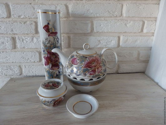 """Винтажная посуда. Ярмарка Мастеров - ручная работа. Купить %Винтажный чайник  ручной работы""""Маки"""" из Кисловодского фарфора. Handmade. Комбинированный, подарок"""