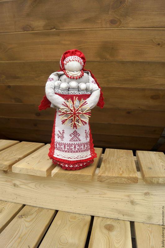 """Народные куклы ручной работы. Ярмарка Мастеров - ручная работа. Купить """"Семья """" традиционная  кукла. Handmade. Бордовый"""