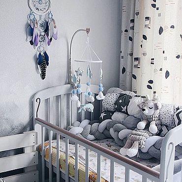 Работы для детей, ручной работы. Ярмарка Мастеров - ручная работа Мобиль в кроватку из фетра и хлопка - Голубой кит. Handmade.