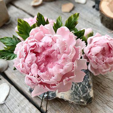 """Украшения ручной работы. Ярмарка Мастеров - ручная работа Шпилька """"Бело-розовые пионы"""". Handmade."""