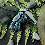 Украшения ручной работы. Ярмарка Мастеров - ручная работа Кулон кельпи (черная лошадь, готика, ужас, из полимерной глины мистика. Handmade.