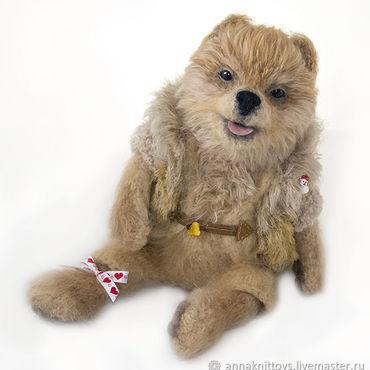 Куклы и игрушки ручной работы. Ярмарка Мастеров - ручная работа Интерьерная вязаная игрушка, собачка вязаная, щенок игрушка, шпиц. Handmade.