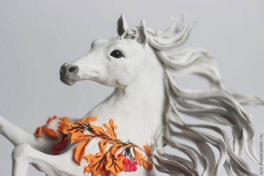 """Статуэтки ручной работы. Ярмарка Мастеров - ручная работа. Купить фигурка """"лошадка-осень"""" (осенние листья, рыжие листья, осень). Handmade."""