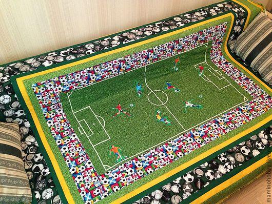 Текстиль, ковры ручной работы. Ярмарка Мастеров - ручная работа. Купить Лоскутное стеганое одеяло для подростка Футбол. Зеленый. Handmade.