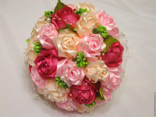"""Свадебные цветы ручной работы. Ярмарка Мастеров - ручная работа. Купить Букет невесты """"Ягодка с листиками"""". Handmade. Комбинированный, кружево"""