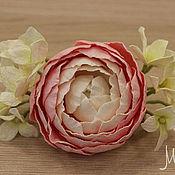 Заколки ручной работы. Ярмарка Мастеров - ручная работа Заколка-зажим с цветком из фоамирана, розовый ранункулюс. Handmade.