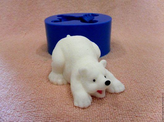 """Другие виды рукоделия ручной работы. Ярмарка Мастеров - ручная работа. Купить Силиконовая форма для мыла """"Полярный мишка"""". Handmade."""